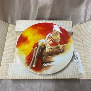 Marilyn Monroe Collectible Plate, Delphi
